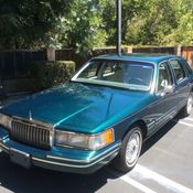 Lincoln Town Car Signature Series Jack Nicklaus Edition Miles