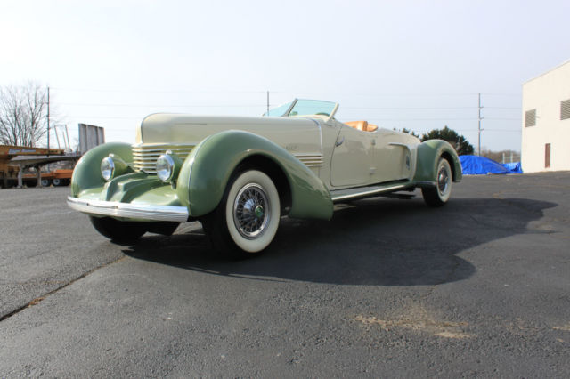1937 Cord CORD BOAT TAIL SPEEDSTER REPLICA 1937 CORD BOAT TAIL SPEEDSTER REPLICA