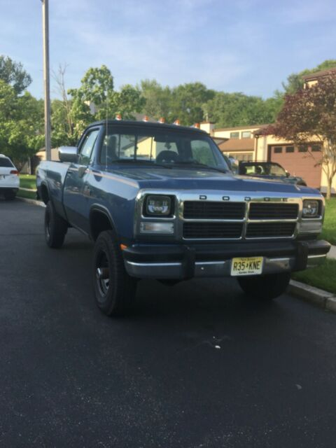 1993 Blue Dodge Ram 2500 Standard Cab Pickup