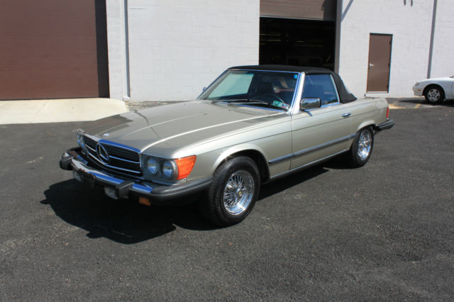 1985 Mercedes-Benz SL-Class 1985 MERCEDES-BENZ 380SL CONVERTIBLE 560 290 280