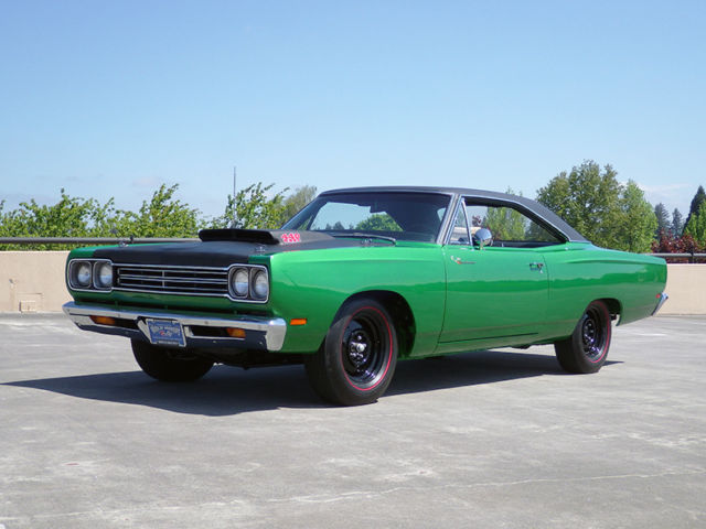 "1969 Plymouth Road Runner ""A12"" 440 6-pak"