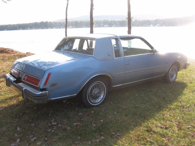 1980 Blue Buick Regal Coupe with Blue interior