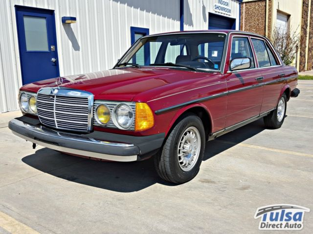 1985 Mercedes-Benz 300-Series 300D Sedan