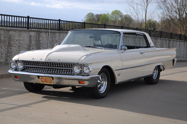 1961 Ford Galaxie Victoria