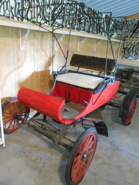 1903 Oldsmobile CURVED DASH REPLICA