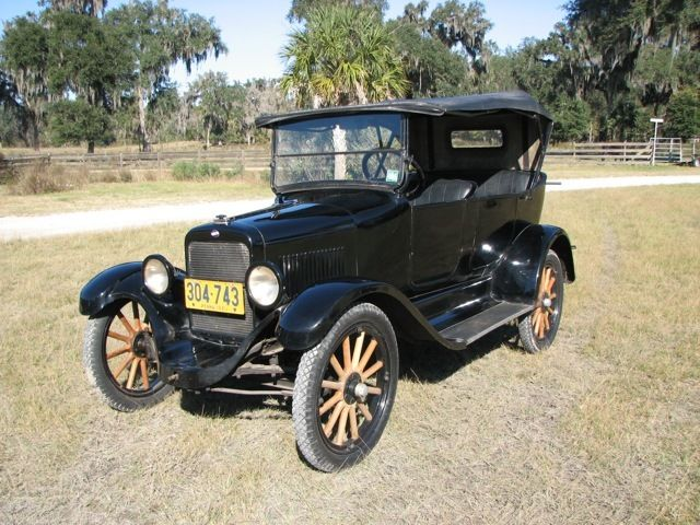 1921 Willys Touring Car