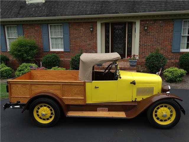 1923 Yellow WILLYS OVERLAND ROADSTER PICKUP -- ROADSTER PICKUP with Tan interior
