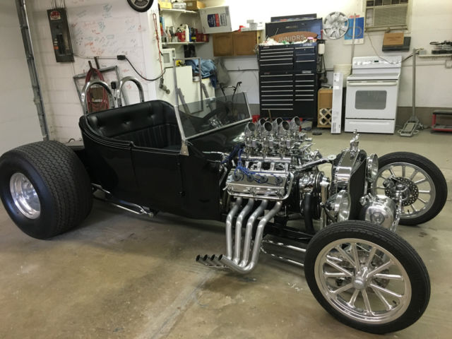 1925 Ford Model T Roadster