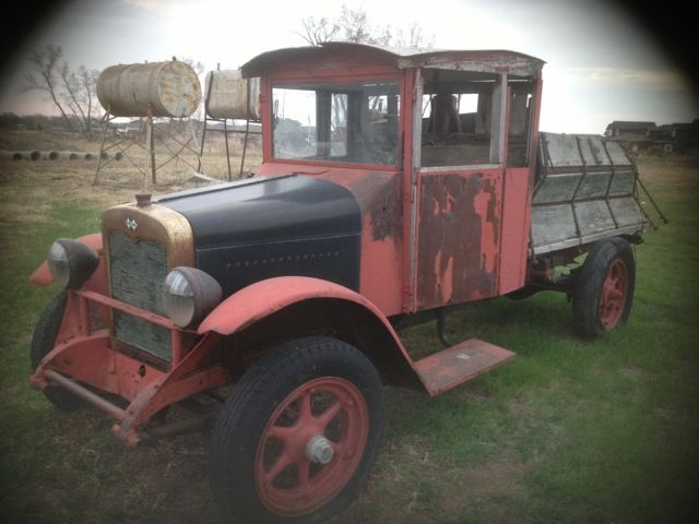 1925 International Harvester S-24