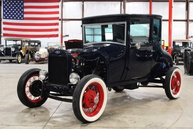 1927 Ford Model T --