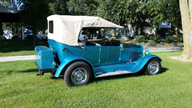 1927 Ford T Touring 4 door