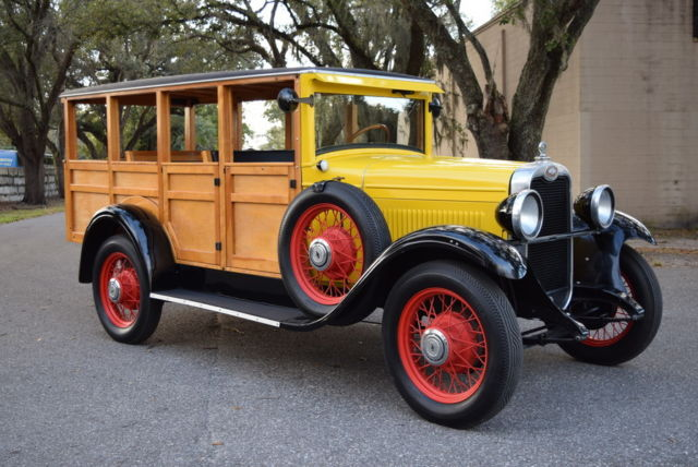 1928 Chevrolet Woody wagon