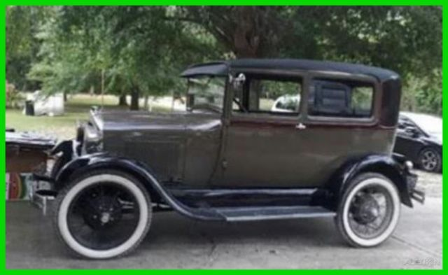 1929 Ford Model A 2-Door Coupe