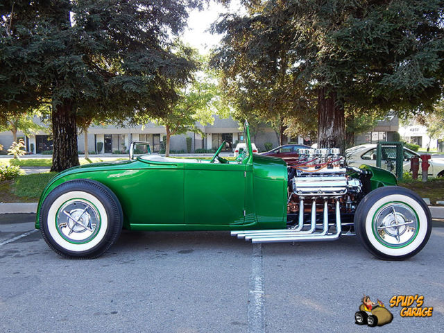 1929 Ford Model A Roadster Hemi Hot Rod