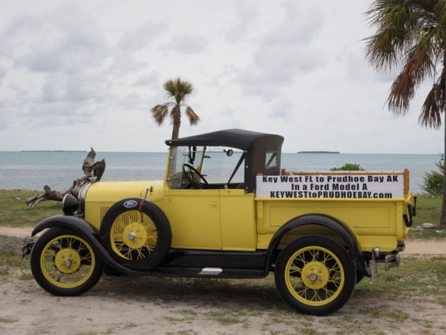 1929 Ford Model A yellow and black