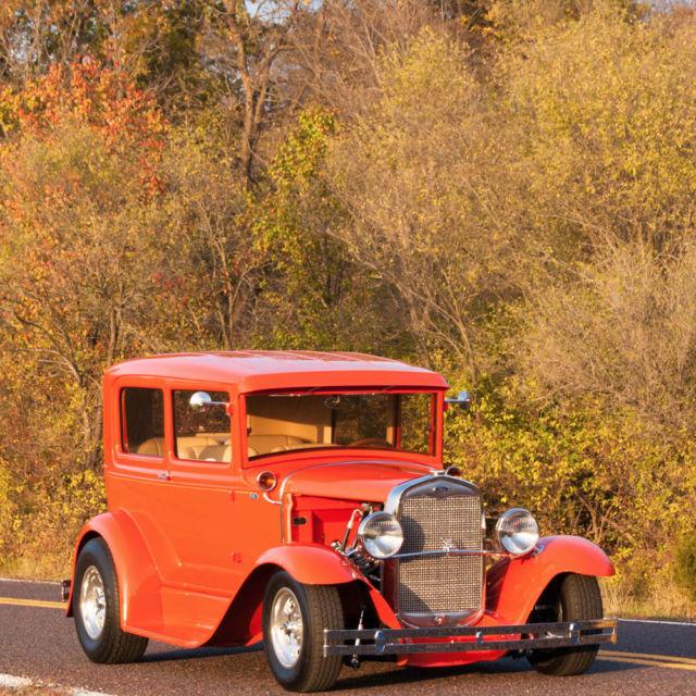 1931 ford model a 2 door sedan full custom street rod for 1931 ford 2 door sedan