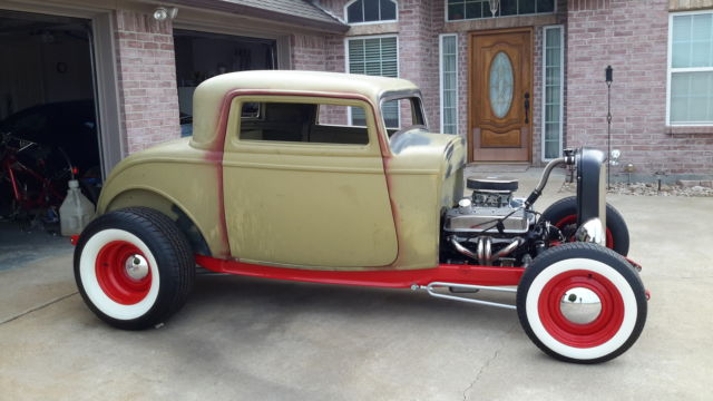 1932 ford 3 window coupe steel body pete and jakes chassis for 1932 ford 3 window coupe steel body