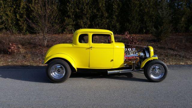 1932 ford 5 window coupe all steel american graffiti clone for 1932 5 window coupe kit cars