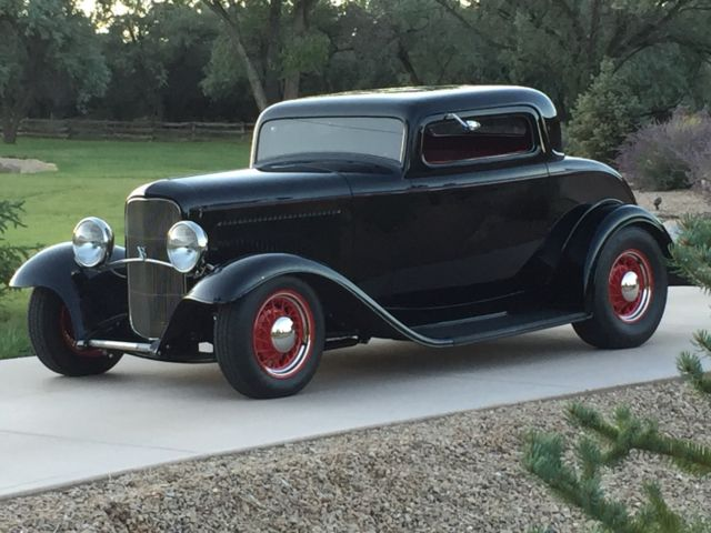 1932 Ford 3 WINDOW COUPE 32 FORD