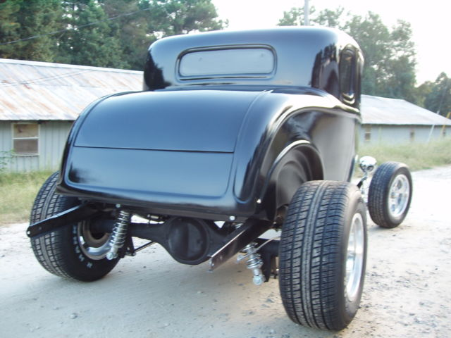 1932 ford five window coupe project new glass body on for 1932 ford 5 window fiberglass body
