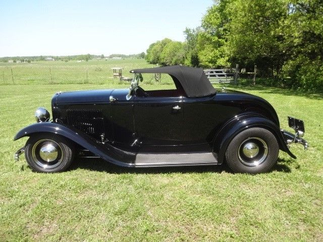 1932 Ford Model B Black w/ red interior