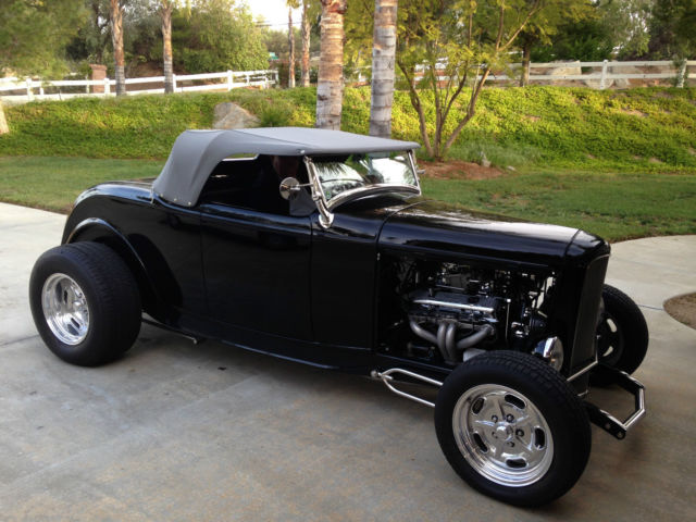 1932 Ford 18 roadster
