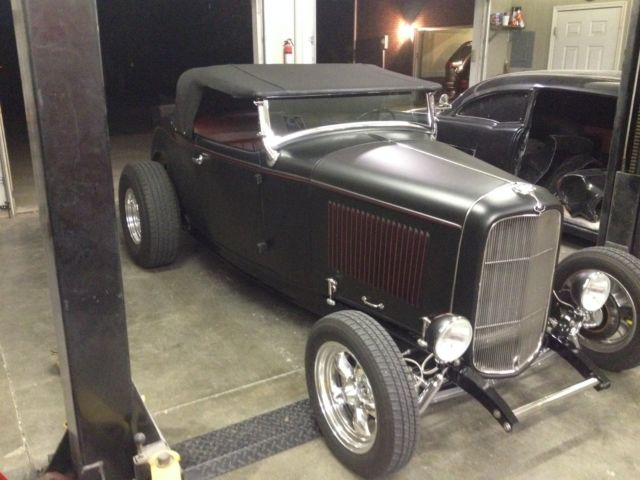 1932 ford highboy roadster hot rod rat rod street rod. Black Bedroom Furniture Sets. Home Design Ideas
