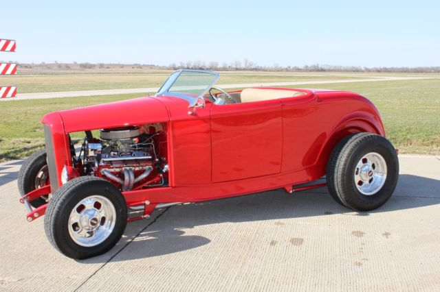 Ford Roadster Highboy Street Rod on 1932 Ford Roadster Vin Number Location