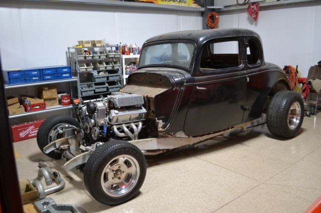 1933 Ford Coupe 5 Window