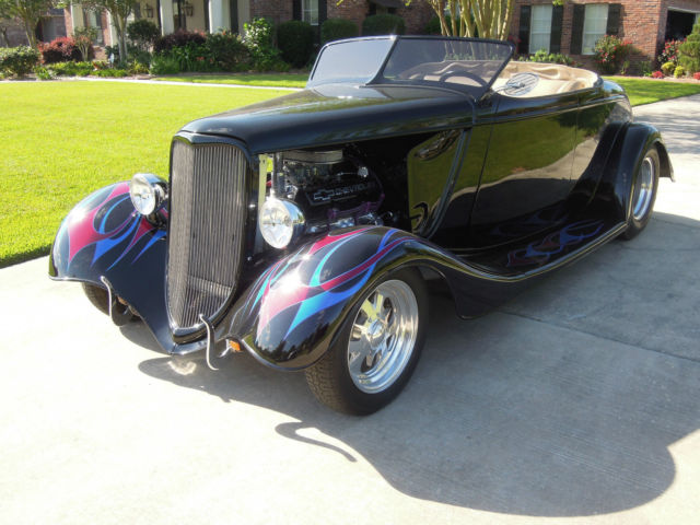 1933 Ford Roadster  Coupe Leather