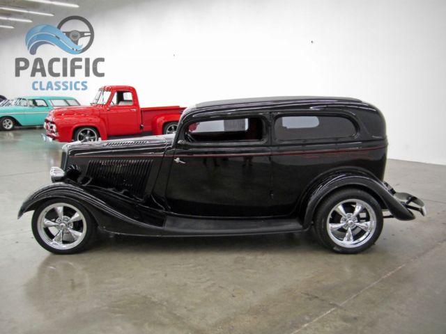 1934 ford 2 door sedan mustang ii 9 inch 350 350 for 1934 ford 2 door sedan for sale