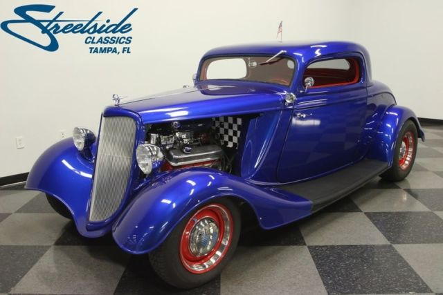 1934 Ford Coupe --