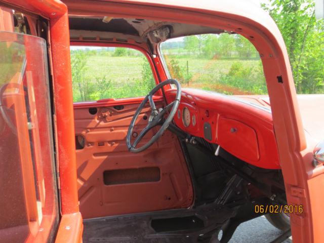 prevnext & 1934 Ford Sedan Delivery project car 1932 1933 1940 Restore or Rod ... markmcfarlin.com