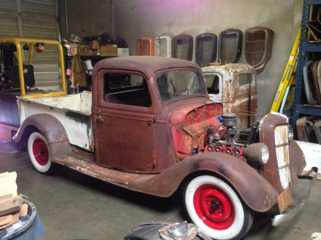 1935 Ford Pickup 1/2 ton