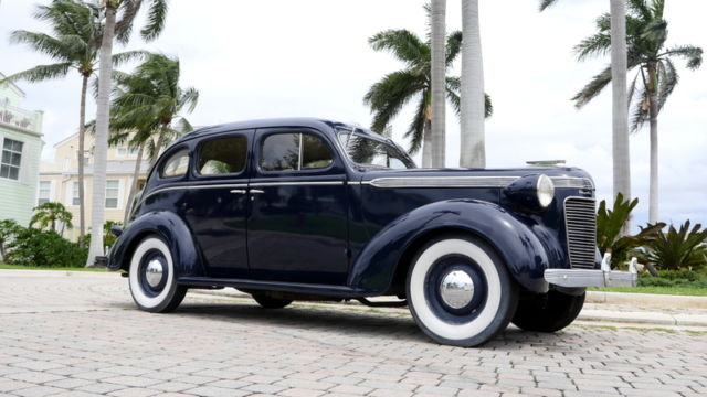 1936 Chrysler Royal
