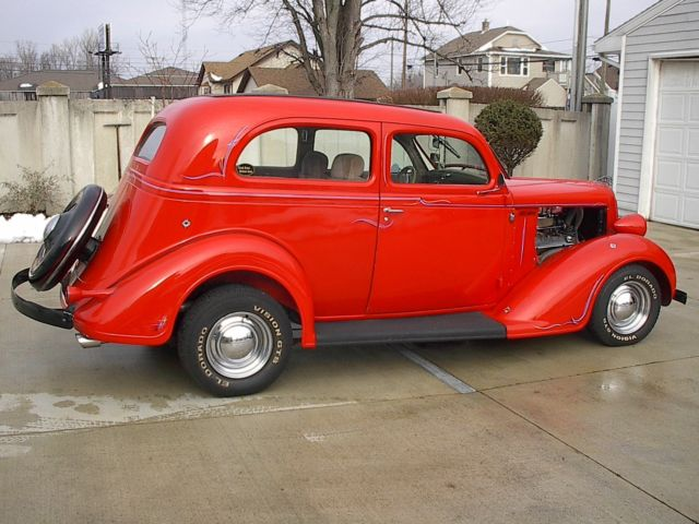 1936 Plymouth sland back P-1