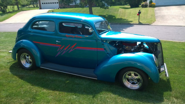 1937 ford 2 door sedan humpback chopped streetrod for for 1937 ford 2 door sedan