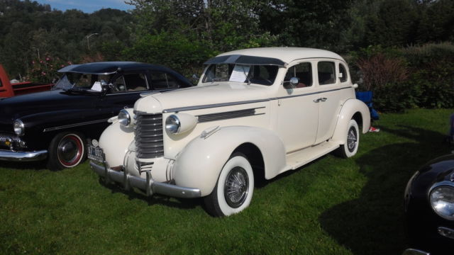 1937 Oldsmobile F 37 Six six-F37