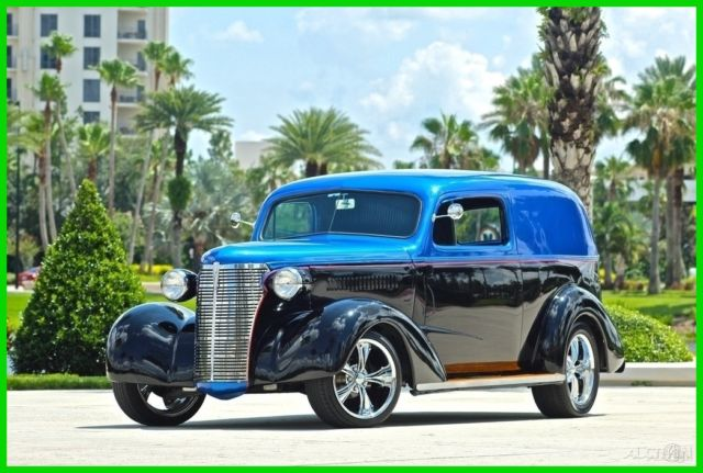 1938 Chevrolet Sedan Delivery Master Custom Resto-Mod / 350 V8 / Real Wood Paneling