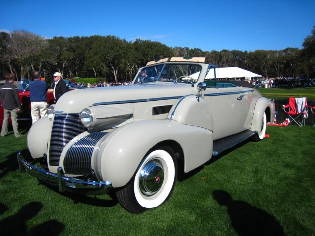 1939 Cadillac Fleetwood 75 Series Convertible Coupe