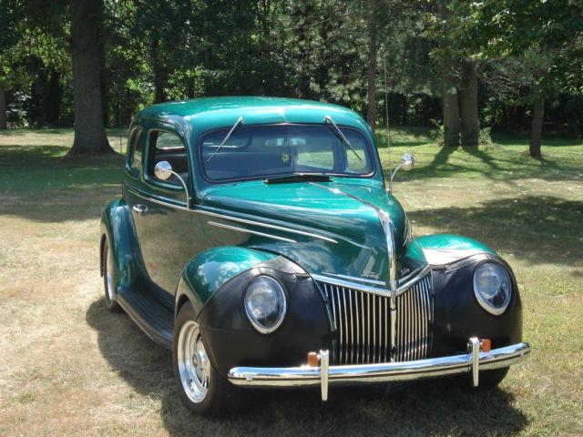 1939 ford deluxe 2 door sedan for sale photos technical for 1939 ford 2 door sedan for sale