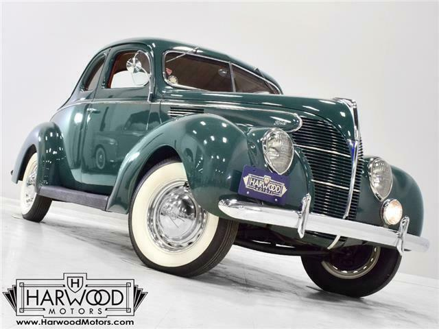 1939 Ford Standard Business Coupe --