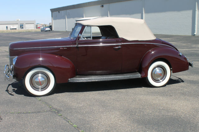 1940 Ford Deluxe Convertible Convertible