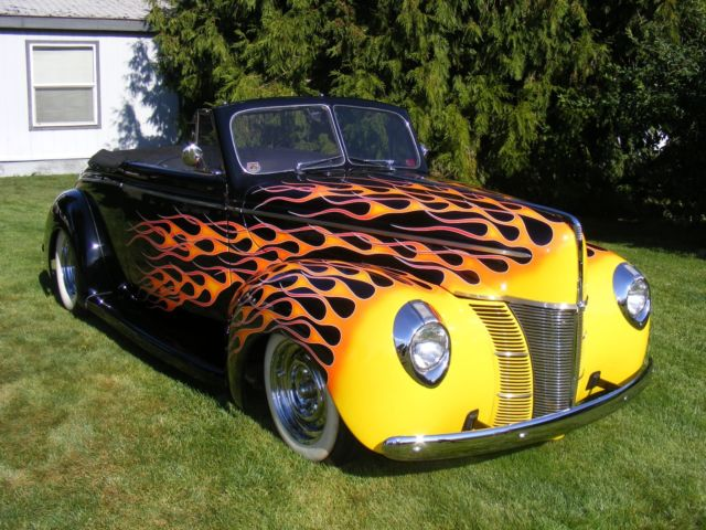 1940 ford deluxe convertible street rod
