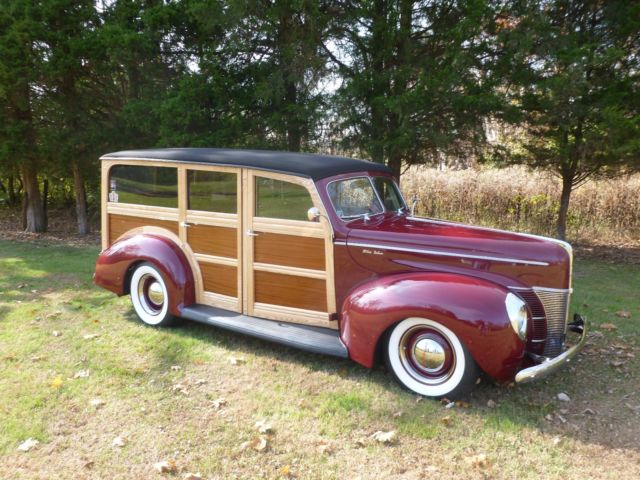 1940 Ford WOODIE WAGON DELUXE