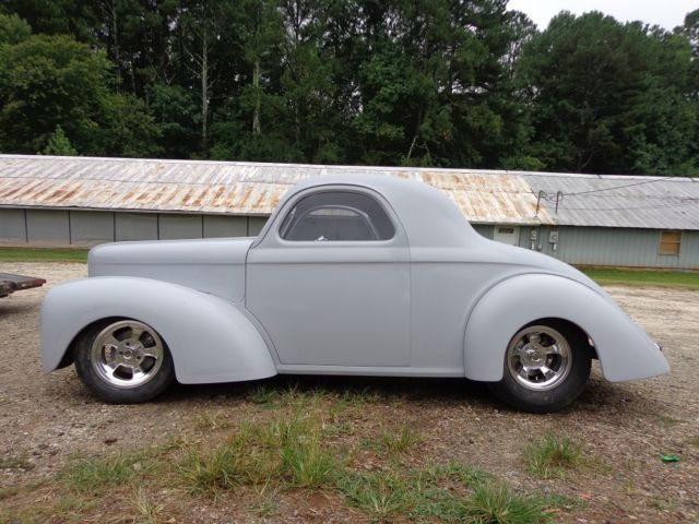 1941 Willys new fiberglass body, new tube chassis, roller