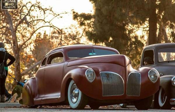 1942 Plymouth Lincoln Zephyr Coupe Chopped Bagged Kustom