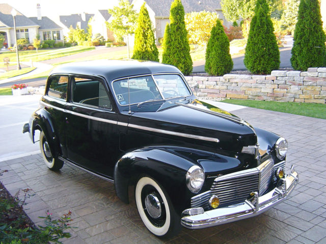 1942 Studebaker Champion Deluxe 2 dr Sedan