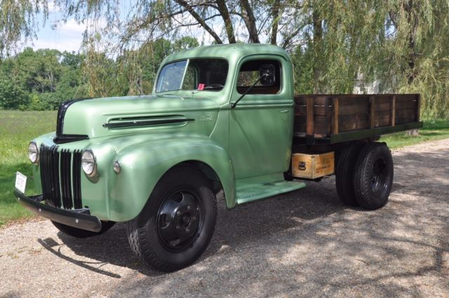 1946 Ford 1.5 Ton Stake Body