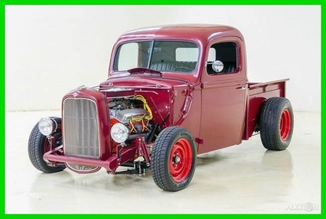 1947 Ford Pickup Hot Rod